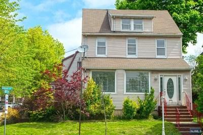 Ridgefield Park Single Family Home For Sale: 12 Winant Avenue