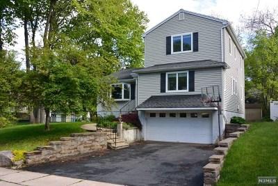 Waldwick Single Family Home For Sale: 15 Grand Avenue