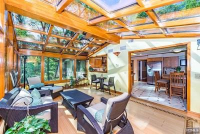 Morris County Single Family Home For Sale: 60 Pocono Road