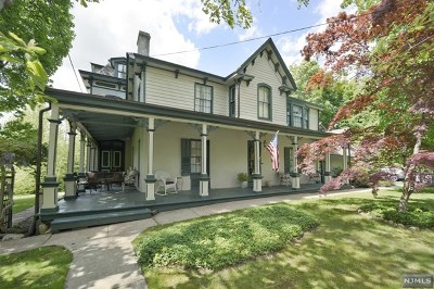 Midland Park Single Family Home For Sale: 179 Park Avenue