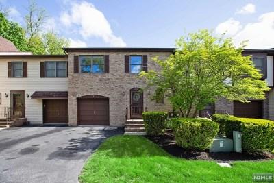 Montvale Condo/Townhouse For Sale: 134 North Kinderkamack Road