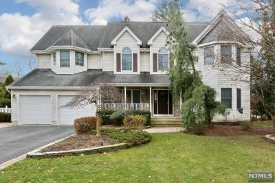 Bergen County Single Family Home For Sale: 601 Haring Farm Court