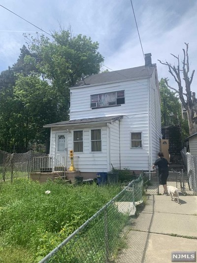 Paterson Single Family Home For Sale: 163 North 4th Street