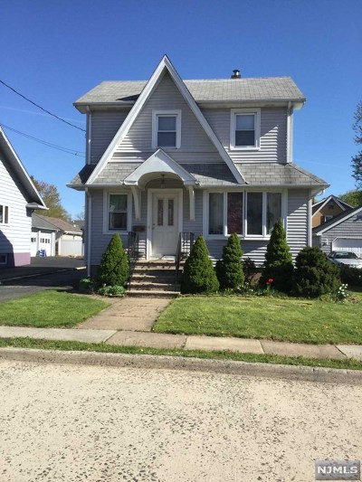 Bergenfield Single Family Home For Sale: 19 Turnure Street