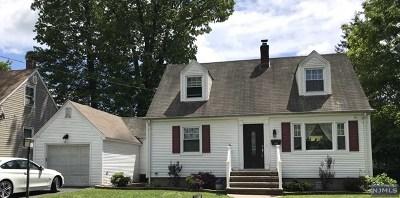 Dumont Single Family Home For Sale: 99 Oneida Avenue