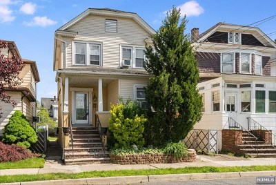 Totowa Single Family Home For Sale: 58 Franklin Place