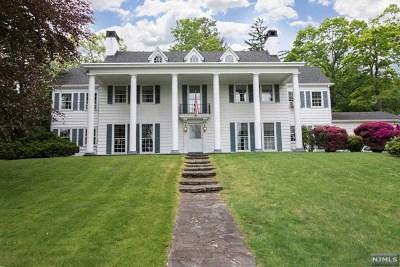 Ridgewood Single Family Home For Sale: 168 Prospect Street