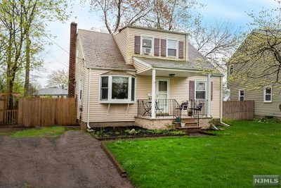 Dumont Single Family Home For Sale: 4 Summit Avenue