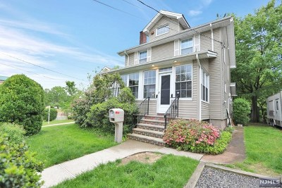 Englewood Single Family Home For Sale: 78 South Roosevelt Square