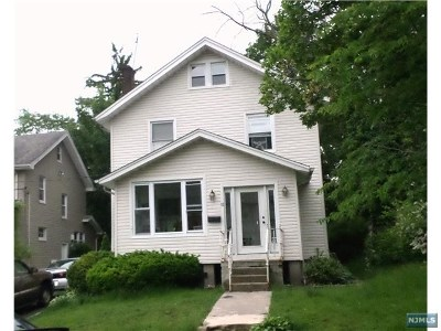 Englewood Single Family Home For Sale: 82 South Roosevelt Square