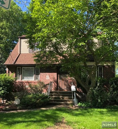 Teaneck Single Family Home For Sale: 191 Henry Street