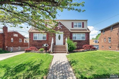 Lyndhurst Multi Family 2-4 For Sale: 225 Orient Way