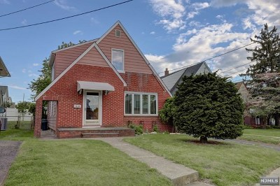 Fair Lawn Single Family Home For Sale: 8-10 Campbell Road