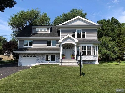 Bergen County Single Family Home For Sale: 31 Emerson Street