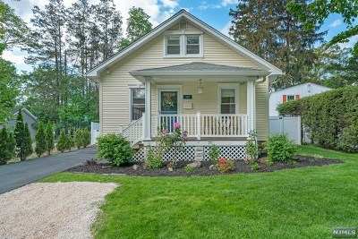 Wyckoff Single Family Home For Sale: 385 Fern Avenue