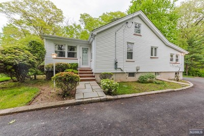 Essex County Single Family Home For Sale: 348 Northfield Avenue
