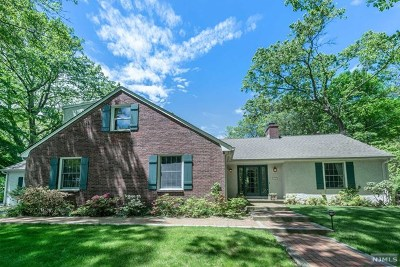Morris County Single Family Home For Sale: 147 Laurel Hill Road