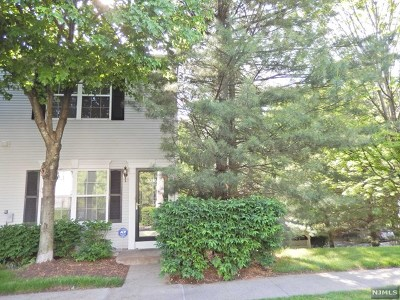 Bergen County Condo/Townhouse For Sale: 2046 Charles Court