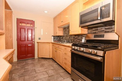 Wanaque Condo/Townhouse For Sale: 7 Brook Street