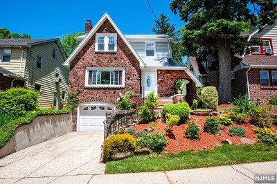 Teaneck Single Family Home For Sale: 529 Martense Avenue