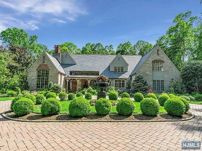 Bergen County Single Family Home For Sale: 7 Old Farms Road