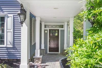 Mahwah Single Family Home For Sale: 80 Alcott Road