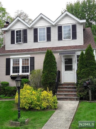 Westwood Single Family Home For Sale: 24 Roosevelt Avenue