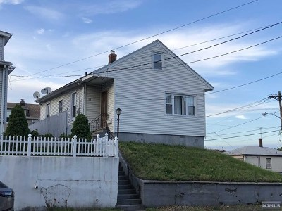 Passaic County Single Family Home For Sale: 379-381 5th Avenue