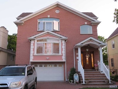 Wallington NJ Single Family Home For Sale: $719,999