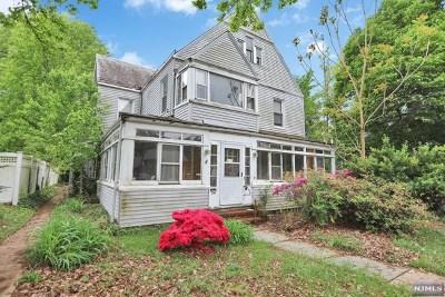 Leonia NJ Single Family Home For Sale: $299,900