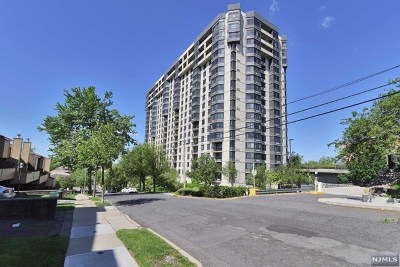 Fort Lee Condo/Townhouse For Sale: 1265 15th Street #17a