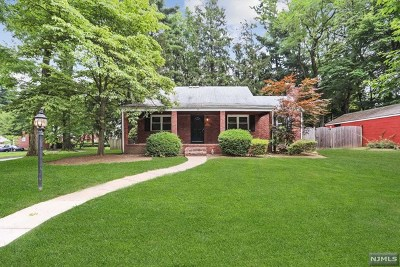 Closter Single Family Home For Sale: 25 Poplar Street