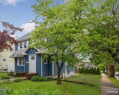 Teaneck NJ Single Family Home For Sale: $398,500