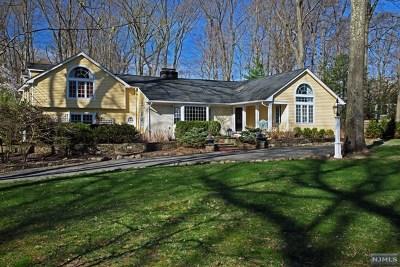 Upper Saddle River NJ Single Family Home For Sale: $1,295,000