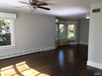 Paramus Rental For Rent: 171 North Farview Avenue #1st Floo