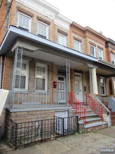 West New York Single Family Home For Sale: 413 57th Street