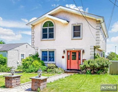 Hasbrouck Heights NJ Single Family Home For Sale: $469,900