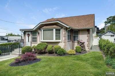 Essex County Single Family Home For Sale: 1 Park Place