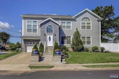 Fair Lawn Single Family Home For Sale: 0-02 Yost Place