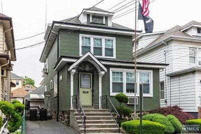 Cliffside Park Single Family Home For Sale: 570 Saint Pauls Avenue