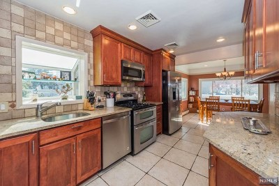 Clifton Single Family Home For Sale: 35 Stanley Street