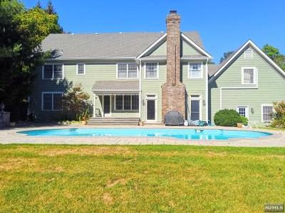 Hawthorne Single Family Home For Sale: 24 Cheryl Hills Drive