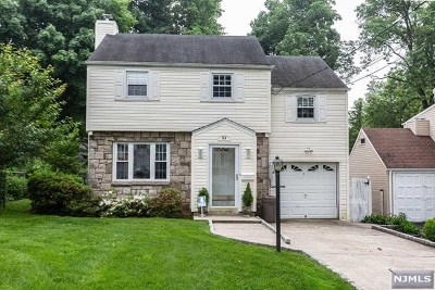 Teaneck Single Family Home For Sale: 28 Elmer Place