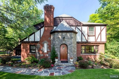 Closter Single Family Home For Sale: 587 Closter Dock Road