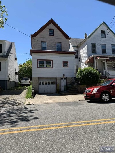 Passaic Single Family Home For Sale: 421 Highland Avenue