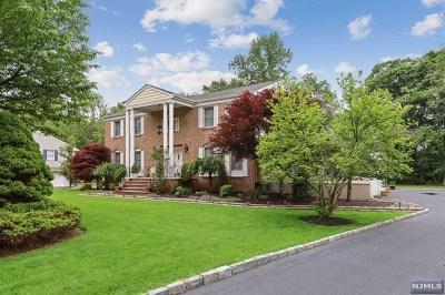 Wyckoff Single Family Home For Sale: 351 Godwin Avenue
