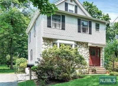 Cresskill Single Family Home For Sale: 25 Jefferson Avenue