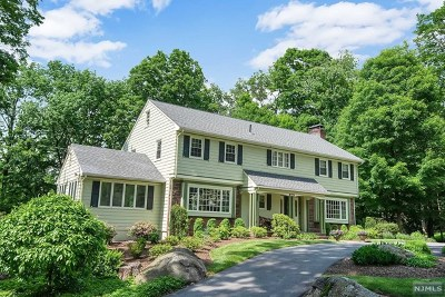 Franklin Lakes Single Family Home For Sale: 206 Green Ridge Road