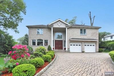 Englewood Cliffs Single Family Home For Sale: 76 John Street