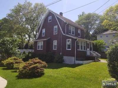 Cresskill Single Family Home For Sale: 152 Magnolia Avenue